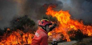 Ajudar bombeiros