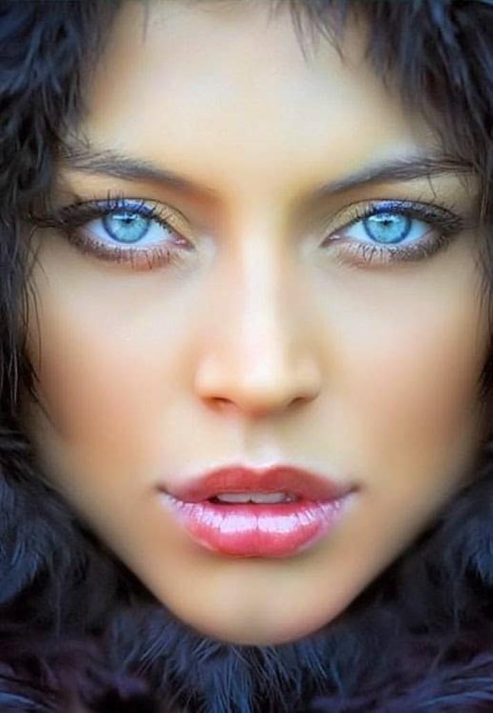Favorite Eye Makeup Brushes And Tools: As Cores De Olhos Mais Bonitas E Exóticas Do Mundo