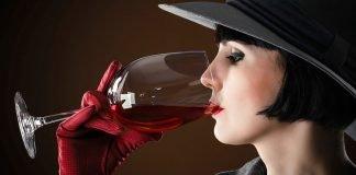 Vinho é bem melhor que namorado