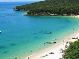 Praia foi eleita a mais bonita - Galapinhos