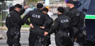 GNR encontra 2 cabeças num autocarro