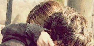 Nunca economizes um abraço