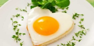 Comer dois ovos por dia faz bem