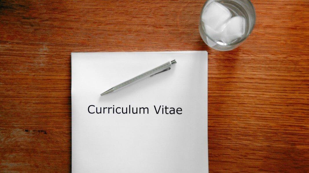 Currículo de quem procura emprego