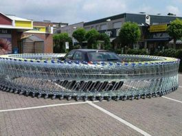 estacionam como idiotas