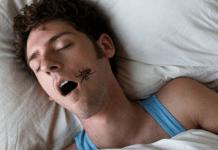 ser humano come 8 insectos