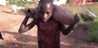 Crianças africanas sem infância