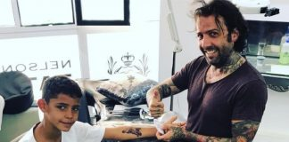 Cristianinho fez a sua primeira tatuagem