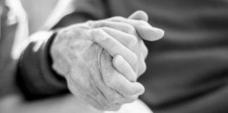 As mãos que te criaram são as que te apoiarão para sempre