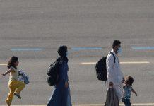 Imagem tocante menina afegã